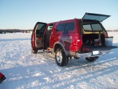 ice-fishing-007.jpg